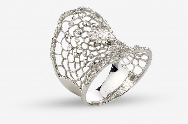 14kt White Gold Lacy Antique Ring