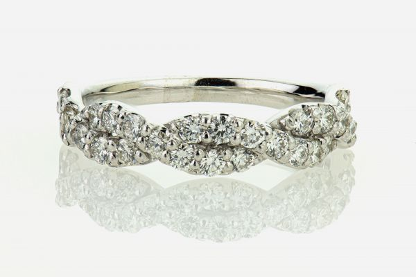 14kt White Gold Shared Prong Diamond Band