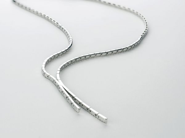RECENTLY SOLD Y DIAMOND TENNIS NECKLACE