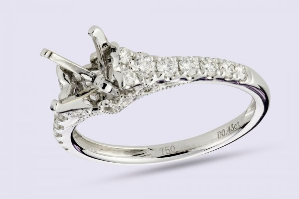 18kt White Gold Prong Set Antique Milligrain Engagement Ring
