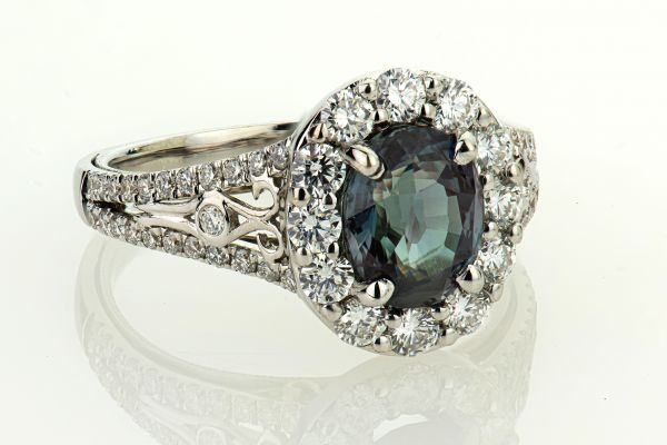 18kt White Gold Alexandrite and Round Diamond Ring