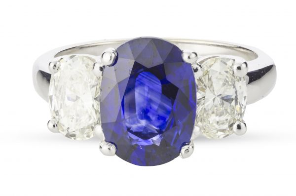 18kt White gold Blue Sapphire and Diamond Ring