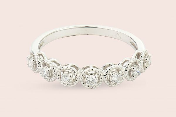 14kt White Gold Round Diamond Band