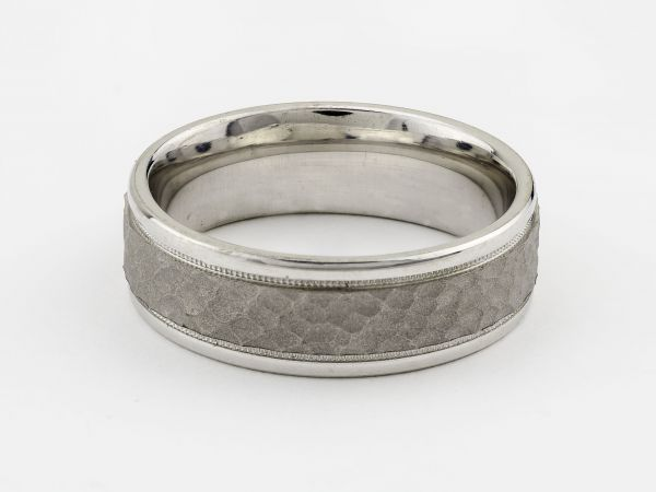 14kt White Gold 7mm Hammered Finish Gents Wedding Band